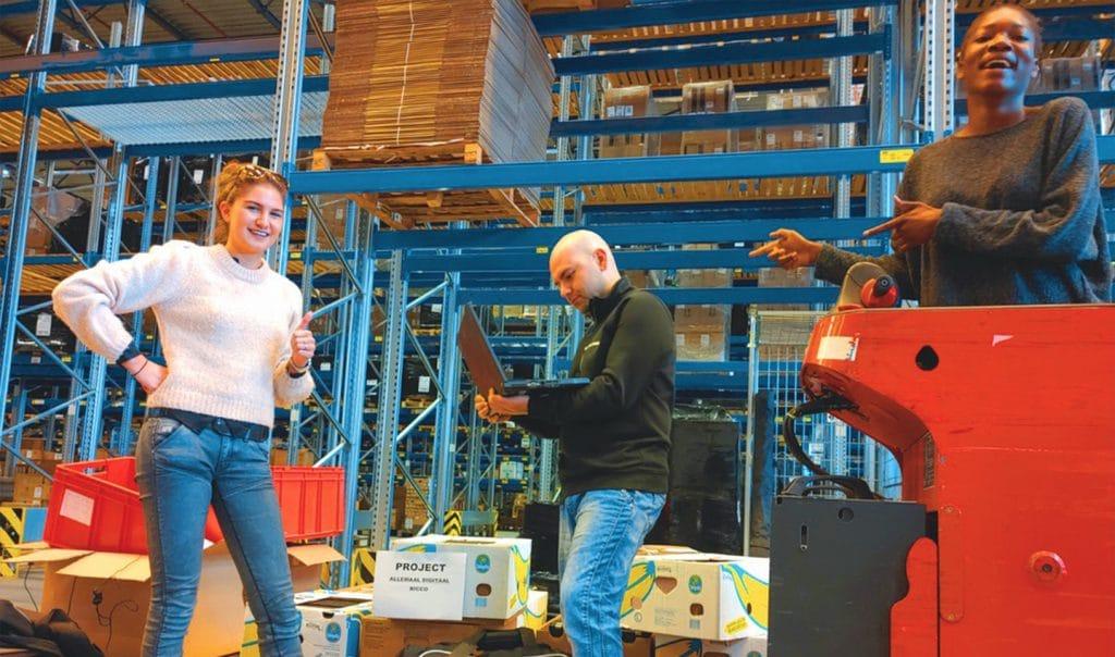 Hulpies: laptops afgeleverd bij Central Point